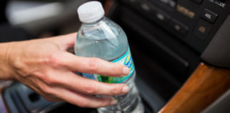 palack asvanyviz auto