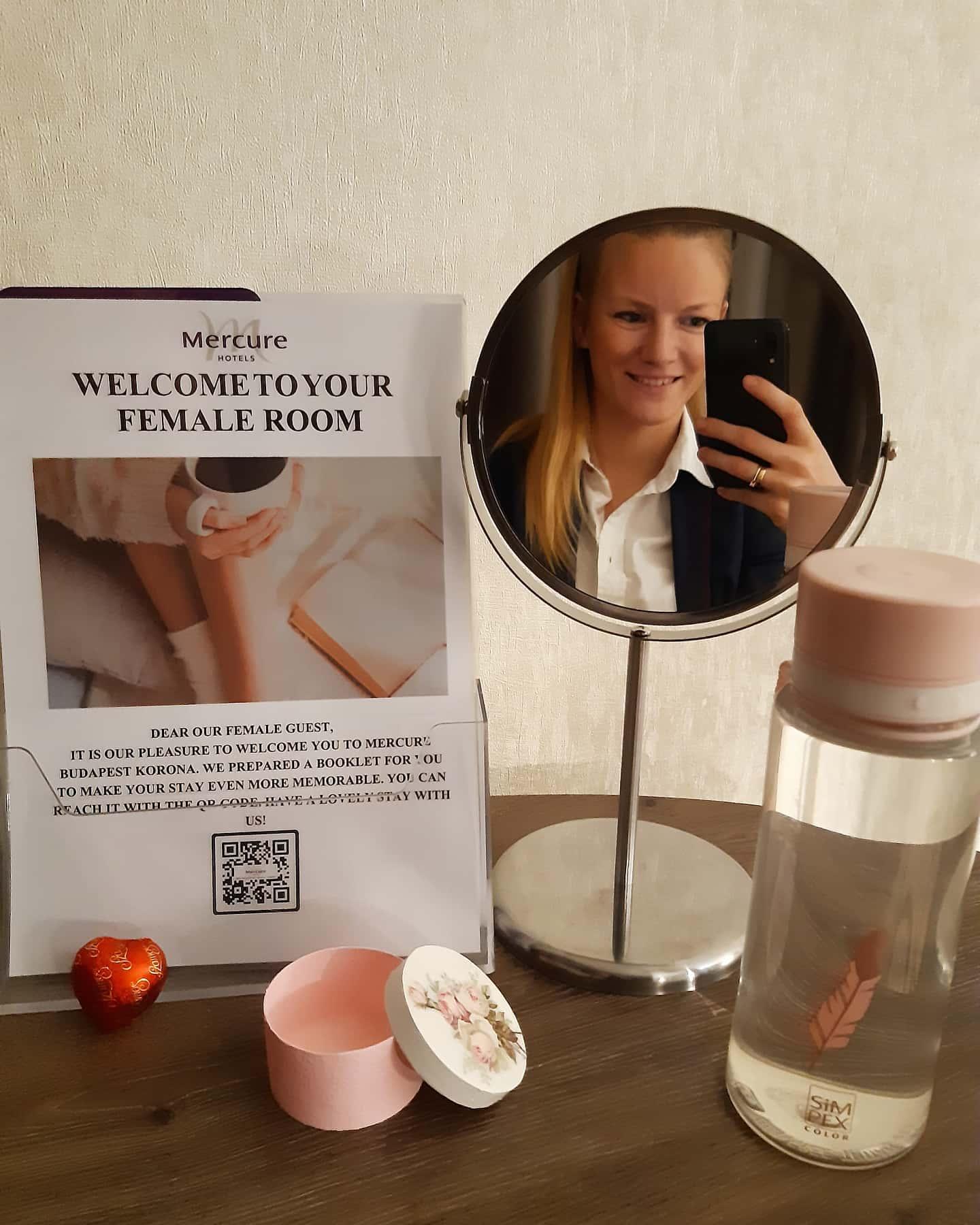 női szállodai szoba budapest