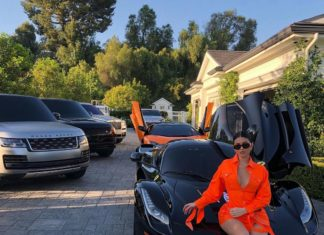 Kylie Jenner autó Kardashian autó