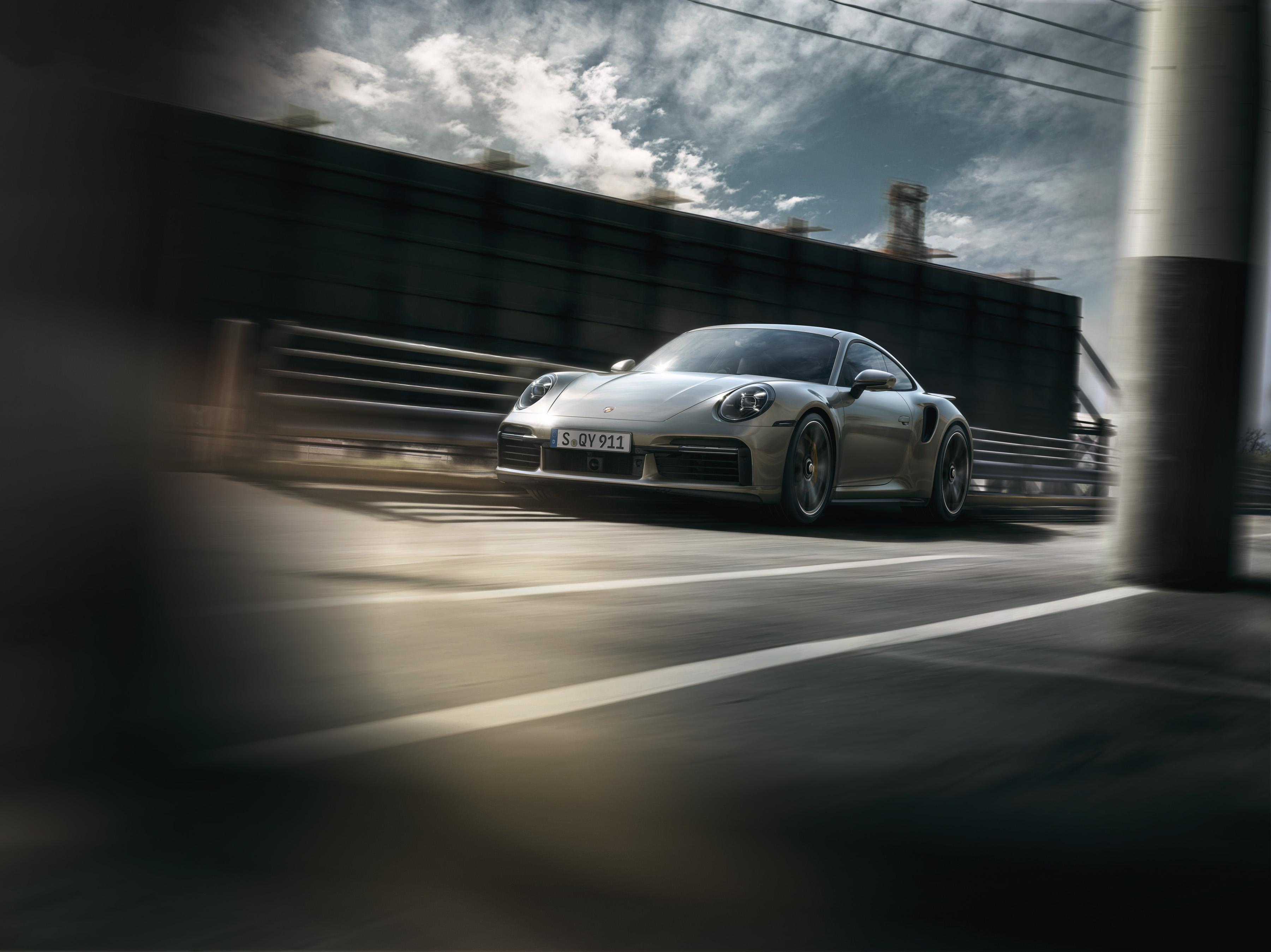 uj 911 turbo s