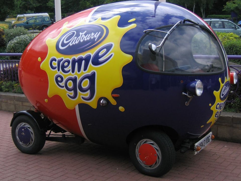 húsvéti tojás autó cadburry