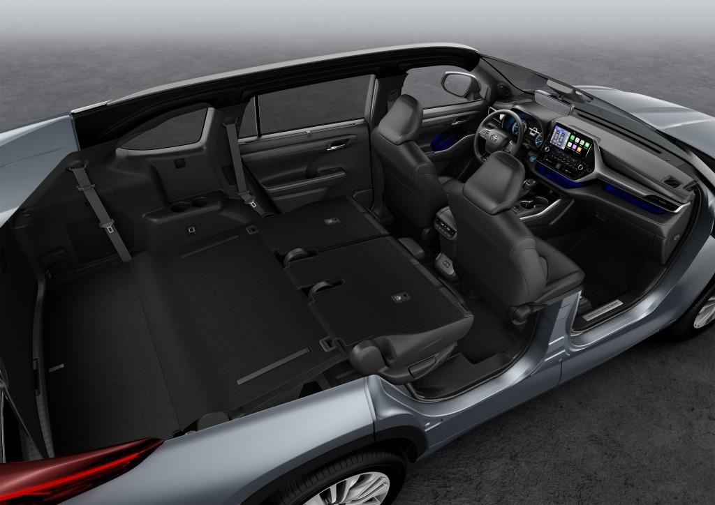 vadonatuj-Toyota Highlander-belso