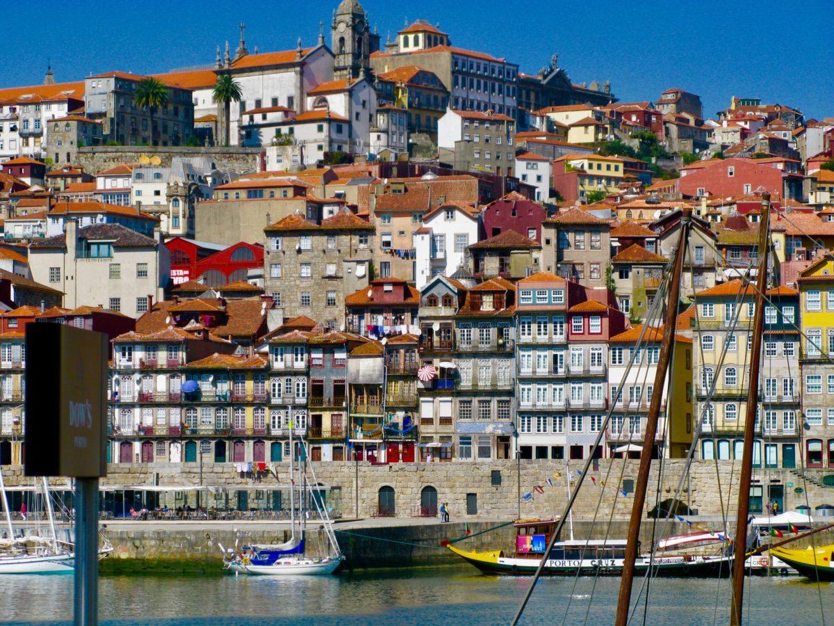 portugália építészet házak kikötő