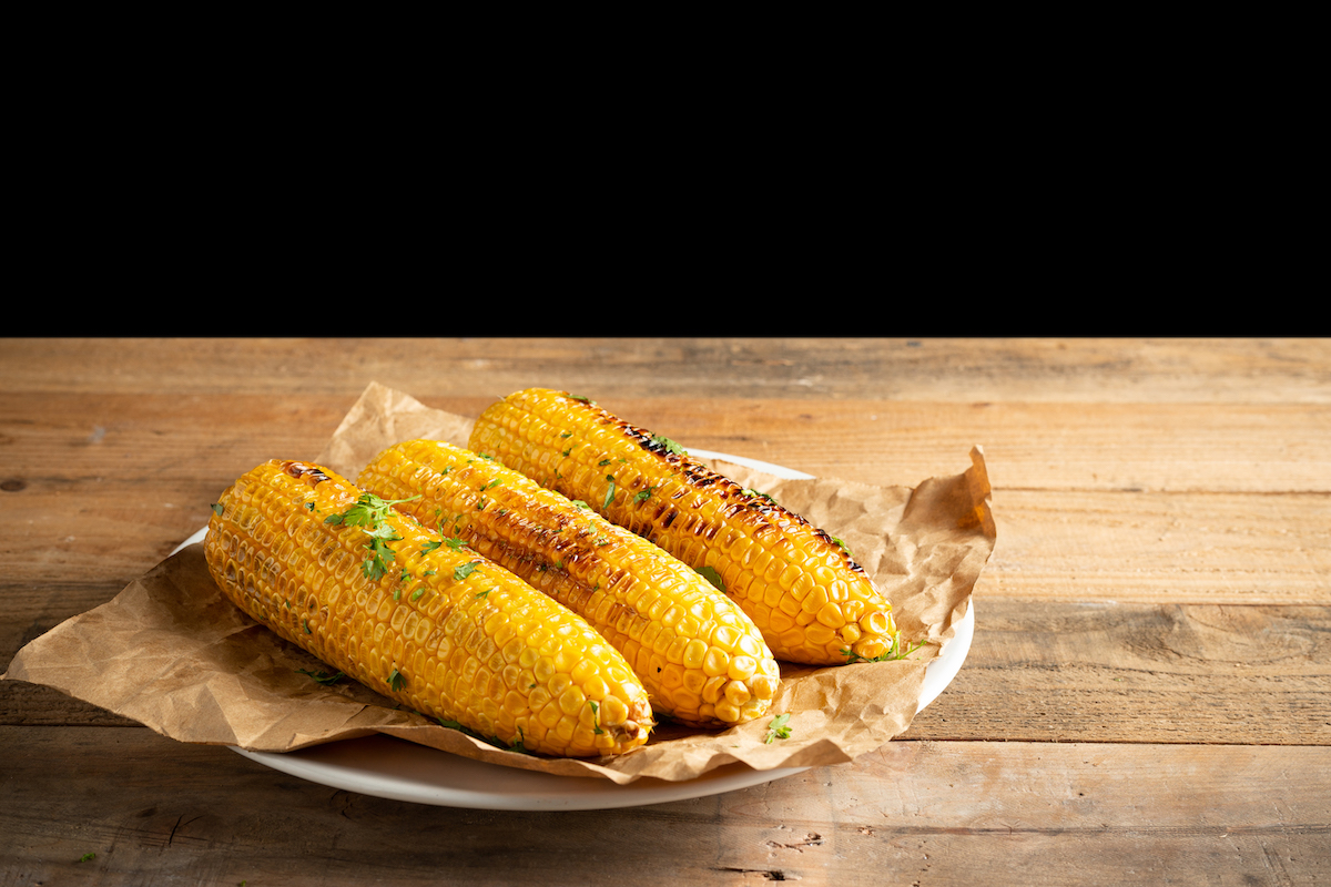 grillezett főtt kukorica