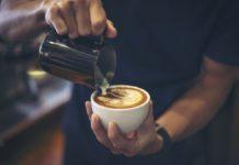kávézás kávékészítés barista