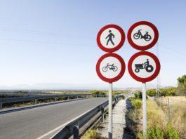balesetmentes városok közlekedés