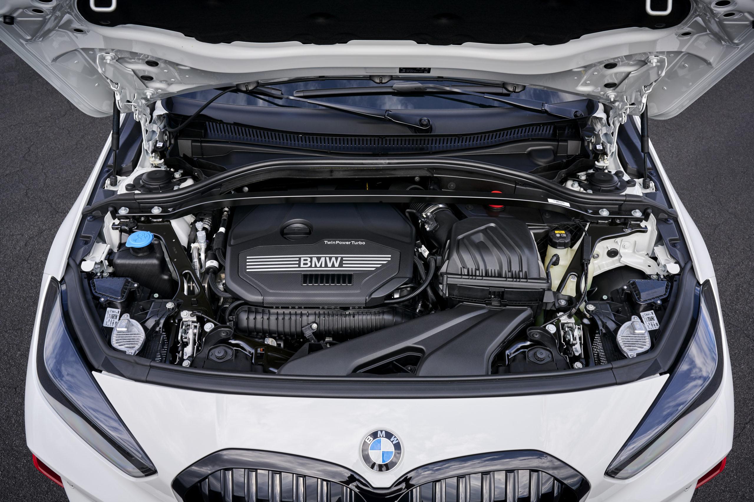új BMW 128ti motor