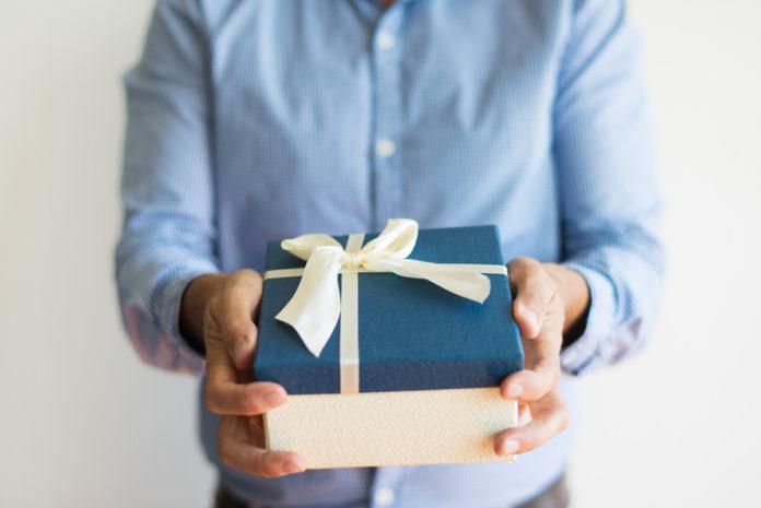 céges ajándékok meglepetés