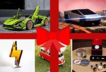 karácsonyi ajándéköteltek