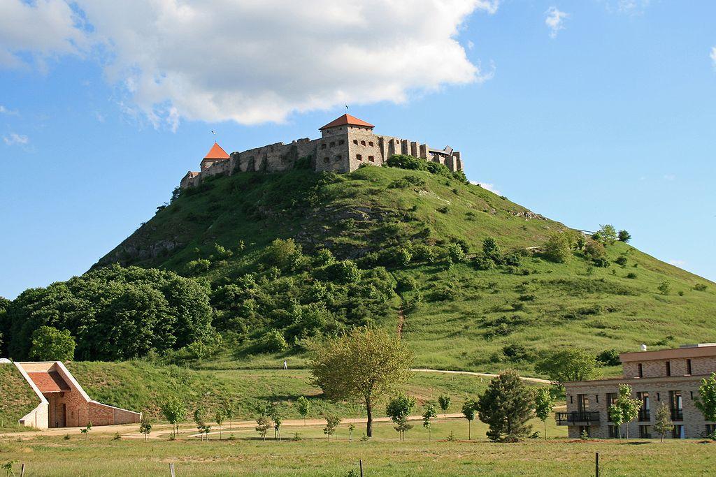 sümegi vár kastélyok várak magyarország