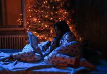 karacsony család gyerek karácsonyfa