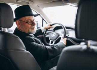 idős sofőrök