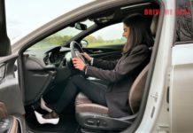 magassarkúban vezetni teszt videó