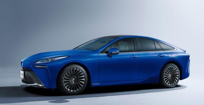 Toyotai mirai kék autó