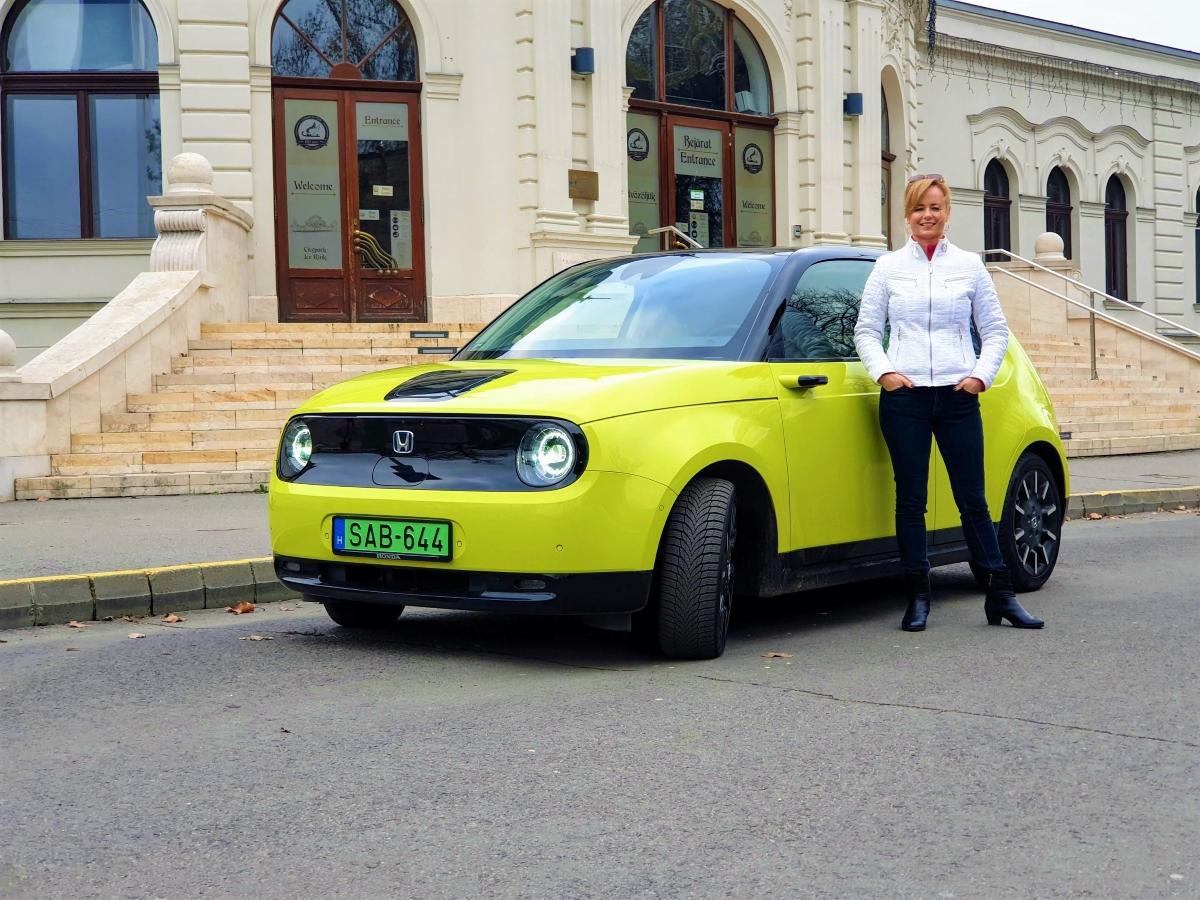 honda e női autók 2021