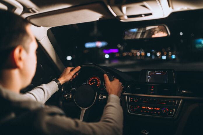 éjszakai vezetési tippek
