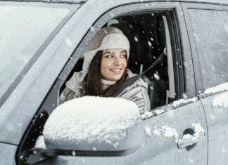 vezetés télen női vezető