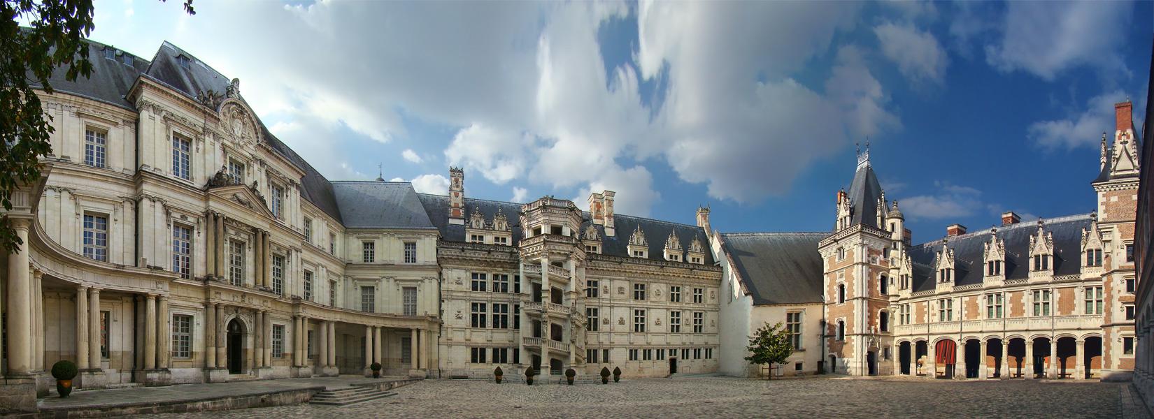 loire volgy kastélyok franciaország turizmus