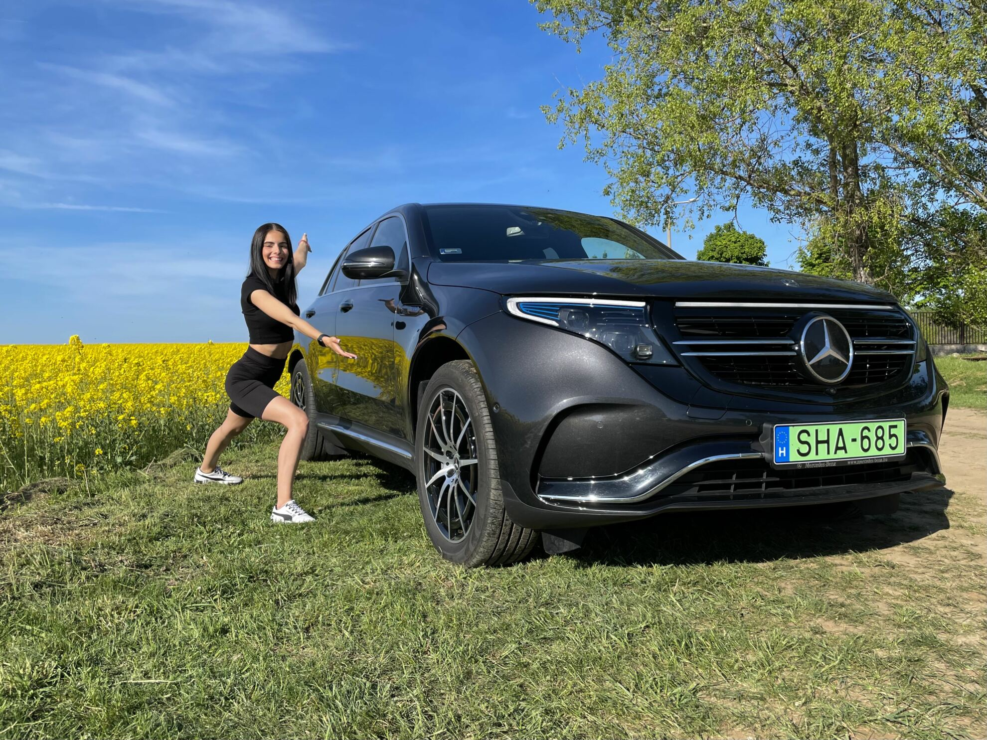 Mercedes-EQC-400