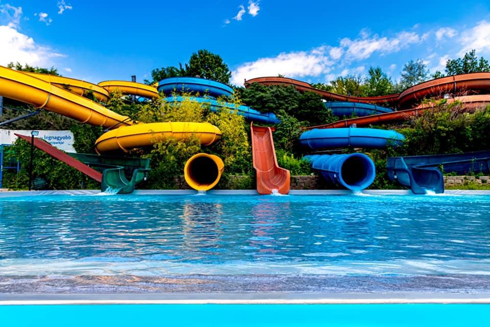 aquapark mogyoród aquaréna