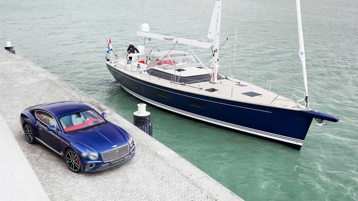 bentley continental jacht
