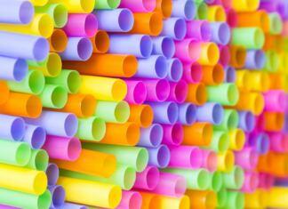 egyszerhasználatos műanyag