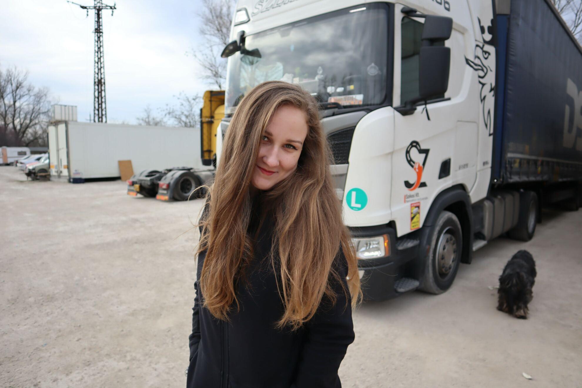női tehergépjármű vezető kovács fanni
