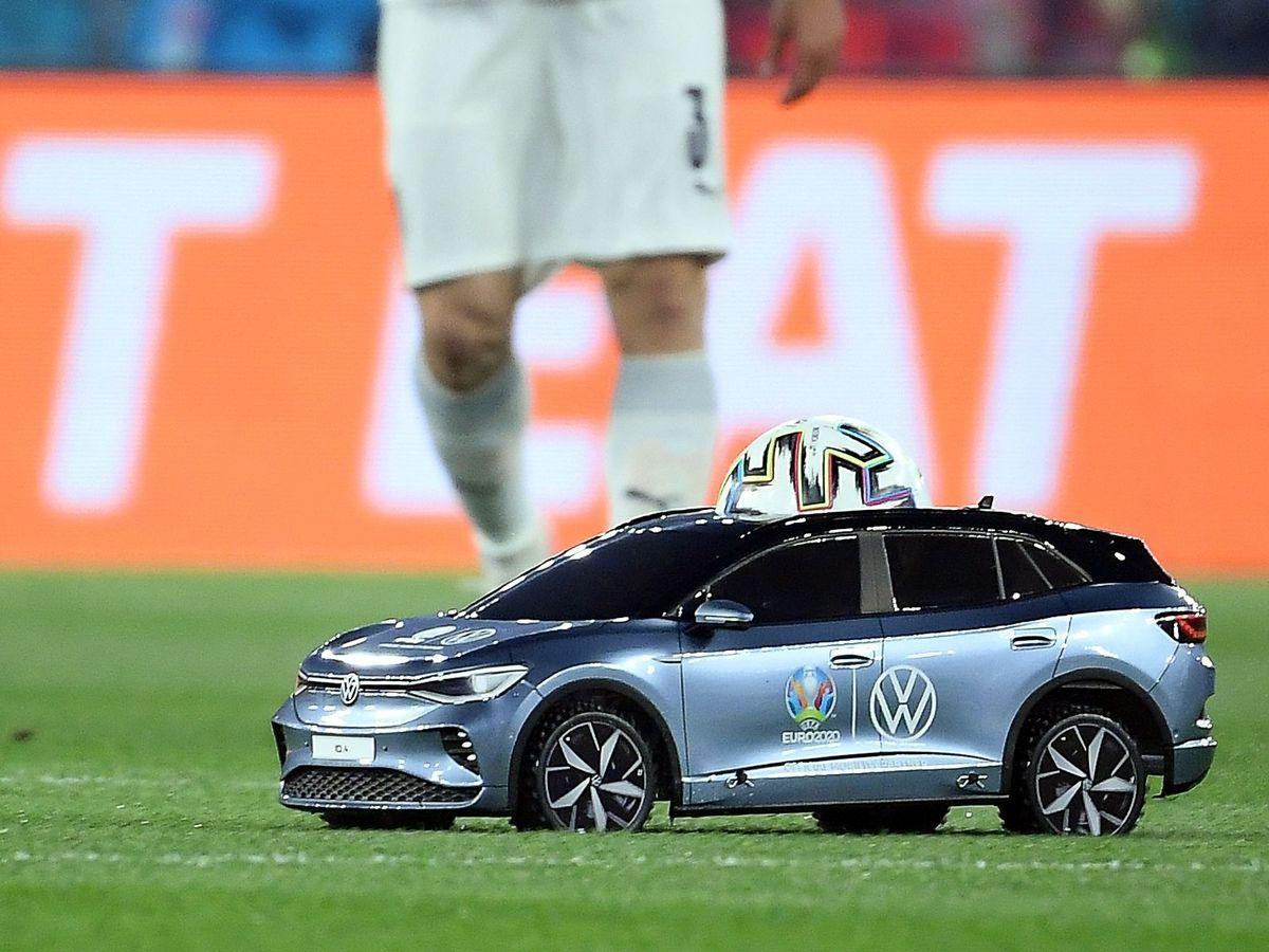 volkswagen távirányítós autó foci eb