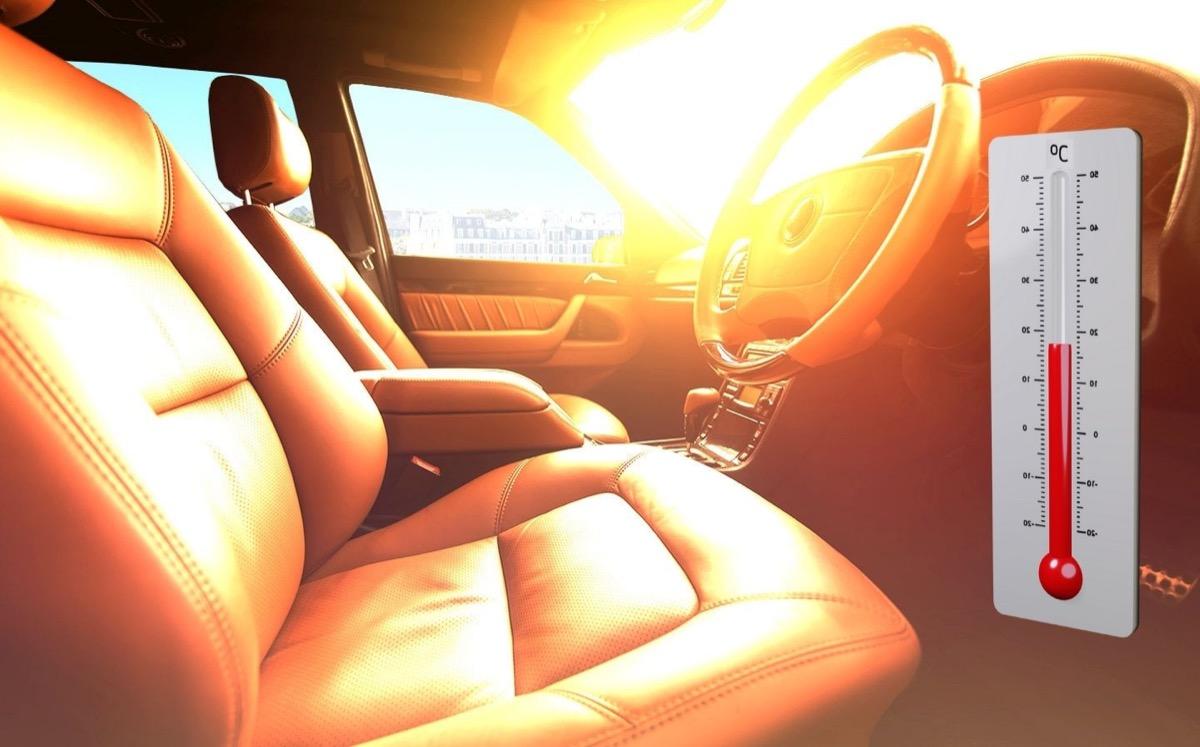 nyár kánikula forró autó gyerek az autóban