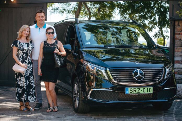 kiss gergely mercedes eqv drive me baby