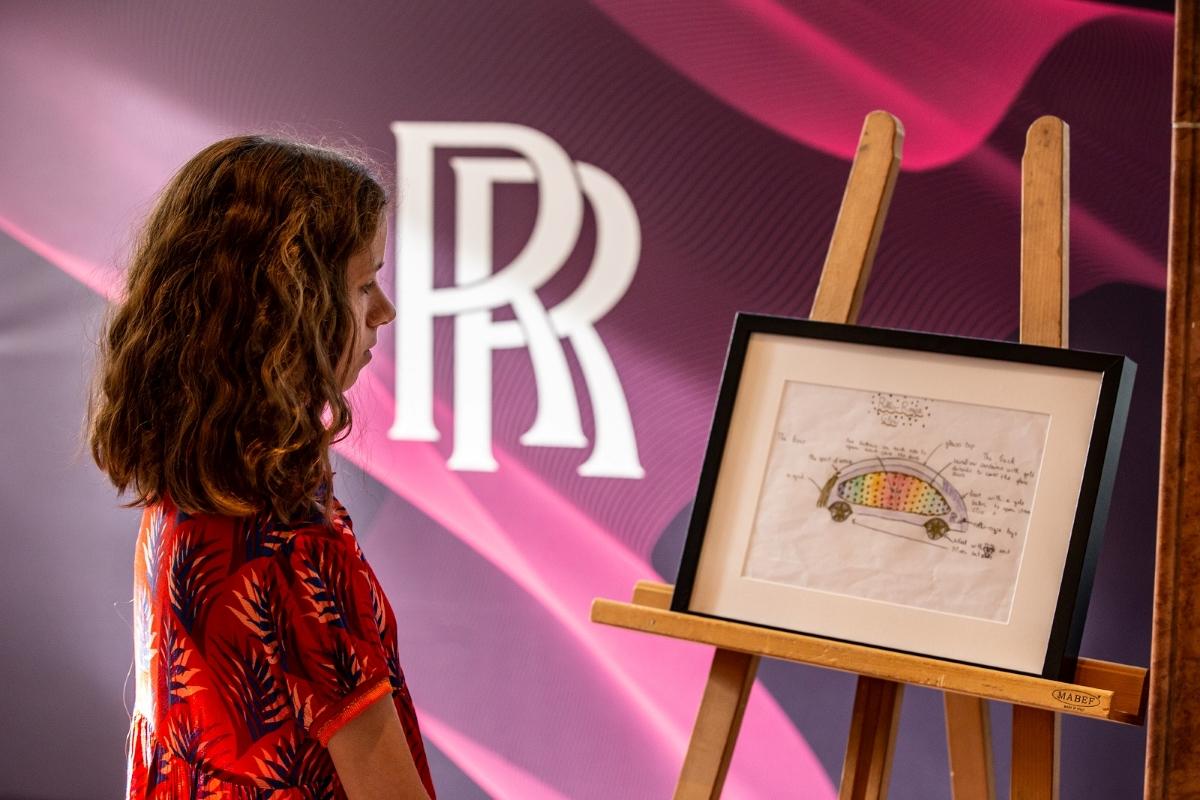 rolls royce dizáner verseny győztes léna glow