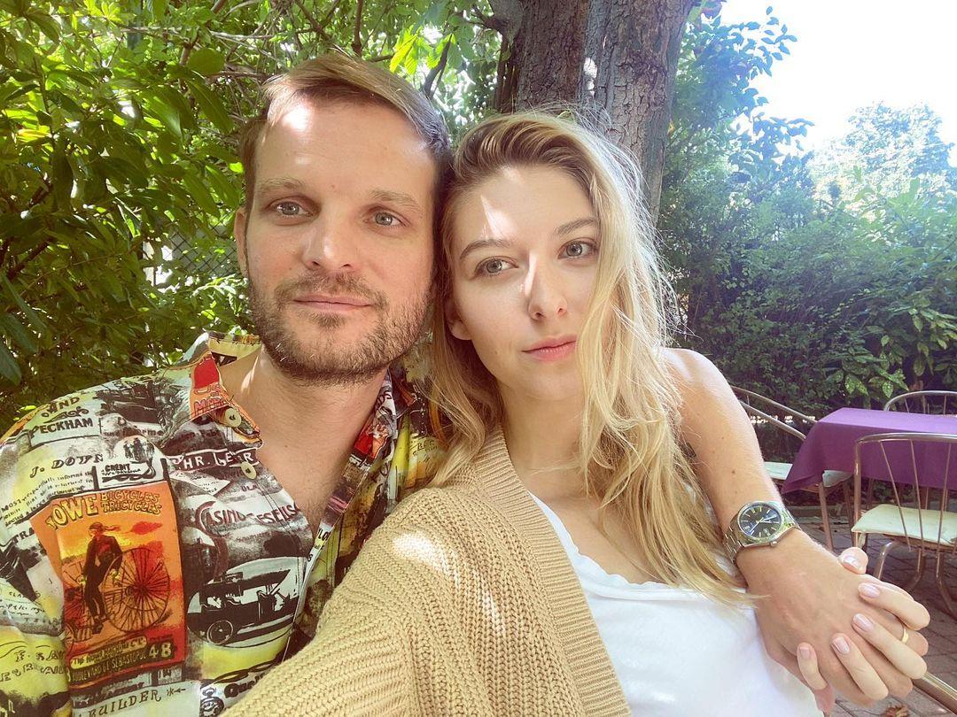 Dallos Bogi és Puskás Peti már korábban összeházasodtak.