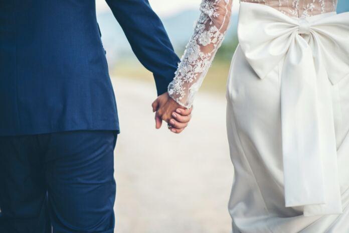 esküvő férj feleség nászút várkonyi mészáros