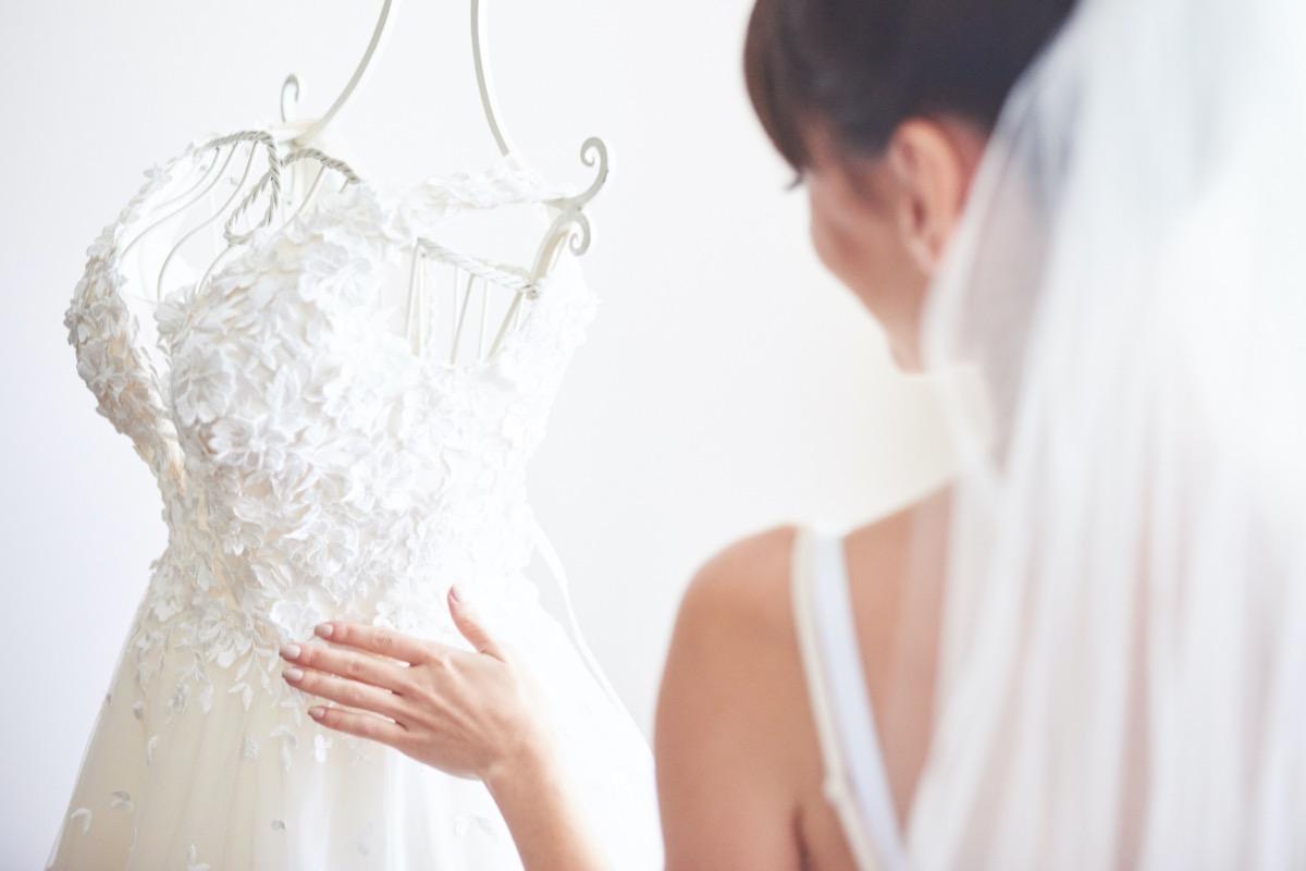várkonyi andrea esküvői ruhája