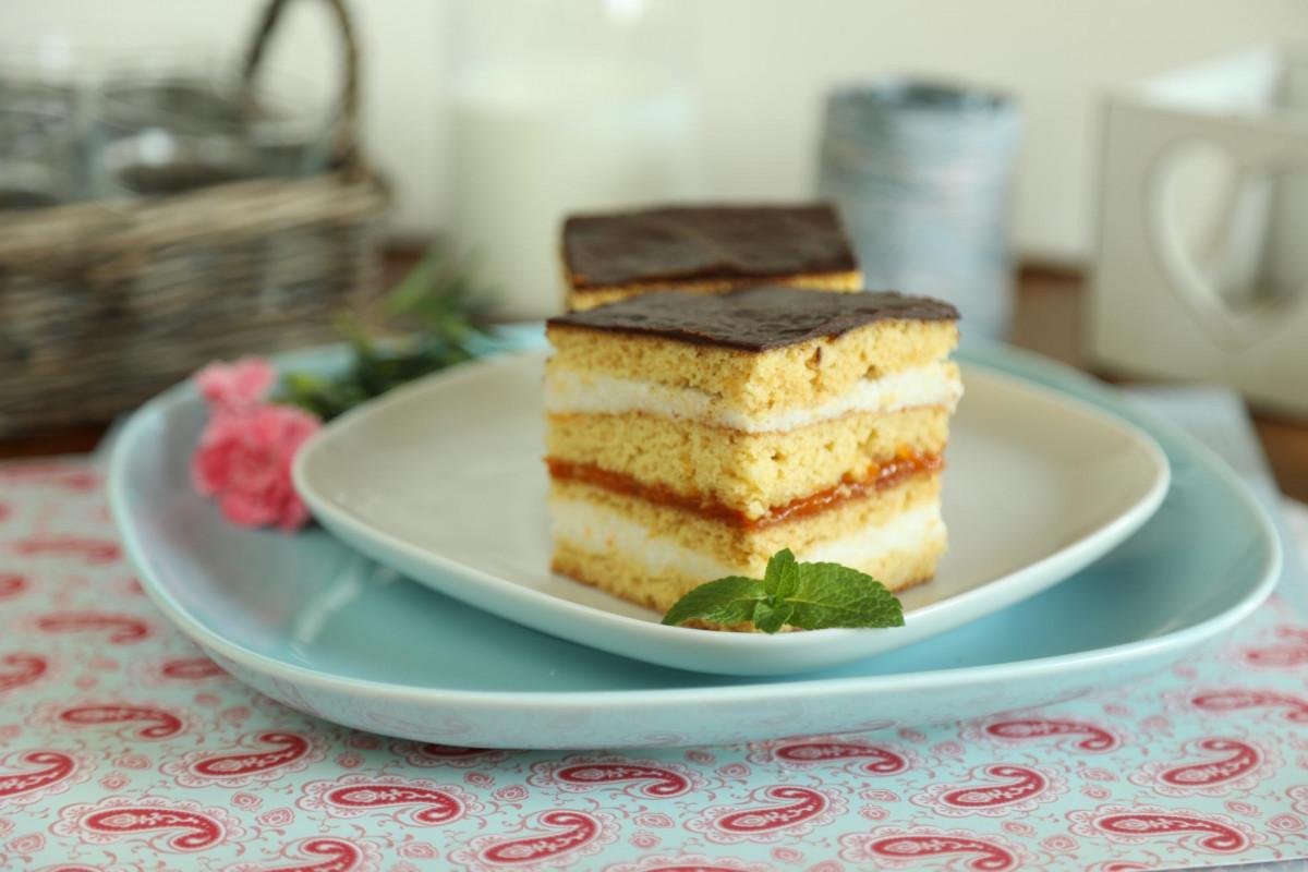 mit eszik az orszag házi sütemény